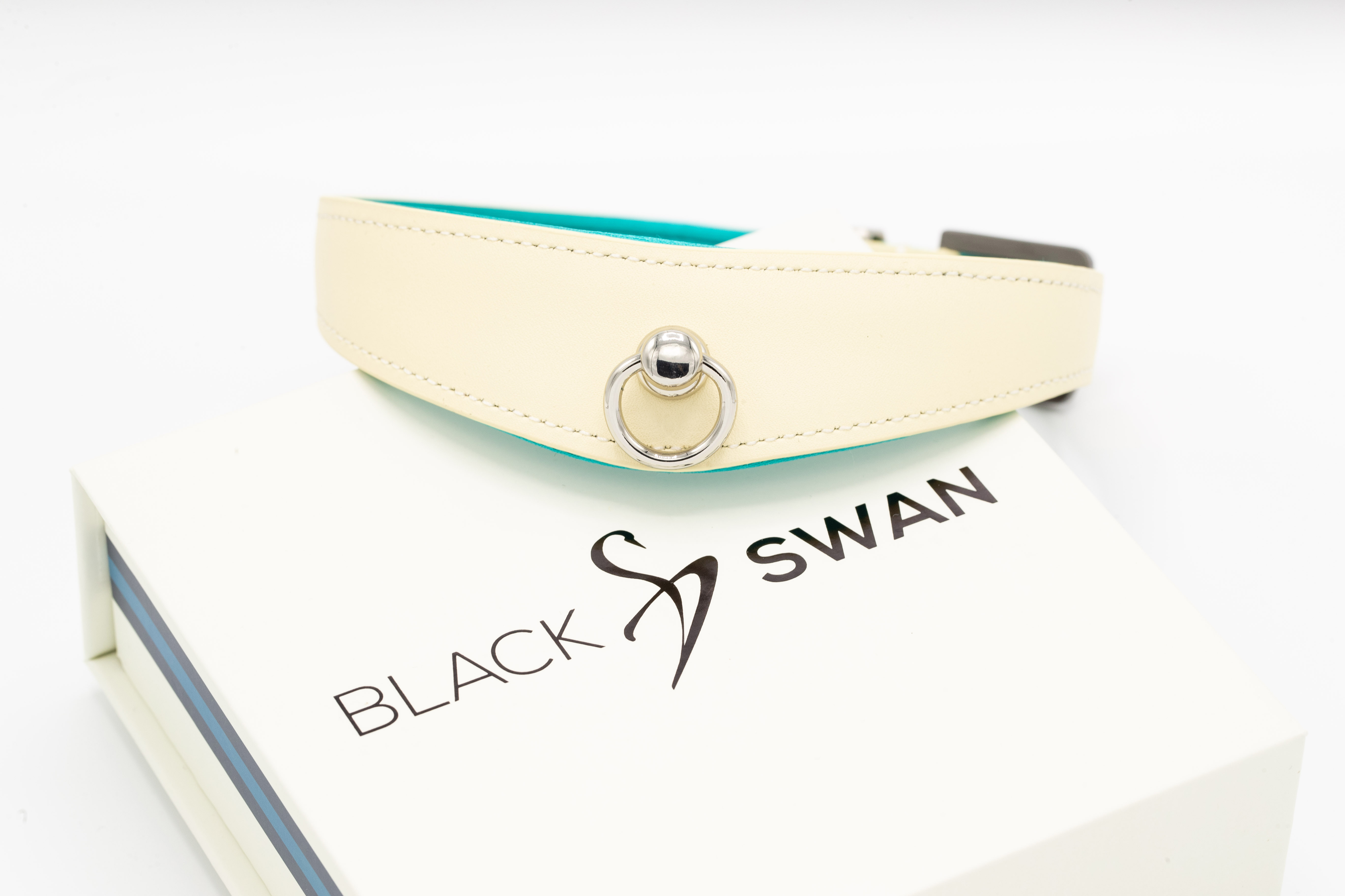 Black Swan COLLAR Blue Ice